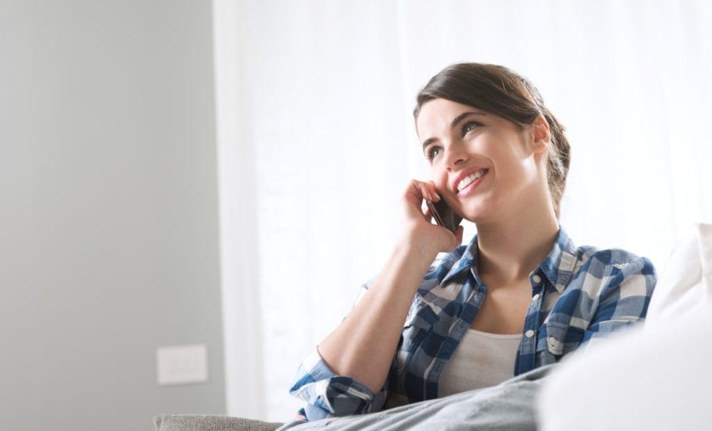 Bonfe Contact Us - woman calling